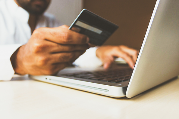 e-commerce-strategie-digitale-bootez-vente-florine-michalak-consultante-communication-freelance